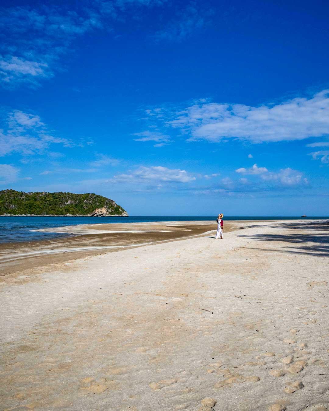 Laem-Sala-Beach-The-beach-Phraya-Nakhon-Cave
